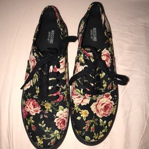 Mossimo Floral Tennis Shoes 🌸 🌱 🌺